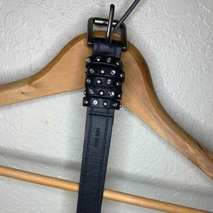 🖤 Like New Studded Black Leather Nine West Belt